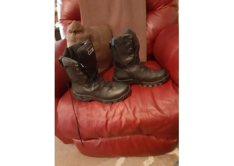***SOLD***Rocky X-Flex Side Zipper Boot Waterproof Duty Boot SIZE - 9W EXCELLENT CONDITION